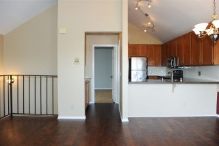 Photo 4: UNIVERSITY HEIGHTS Condo for sale : 2 bedrooms : 4449 Hamilton St #2 in San Diego