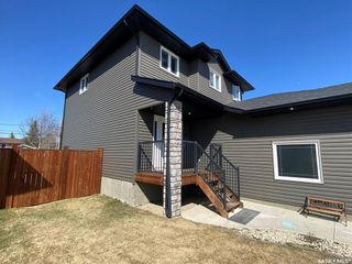 Photo 4: 433 Quessy Drive in Martensville: Residential for sale : MLS®# SK851132