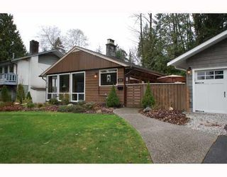 Photo 1: 1315 Arborlynn Drive in North Vancouver: Westlynn House for sale : MLS®# V810109