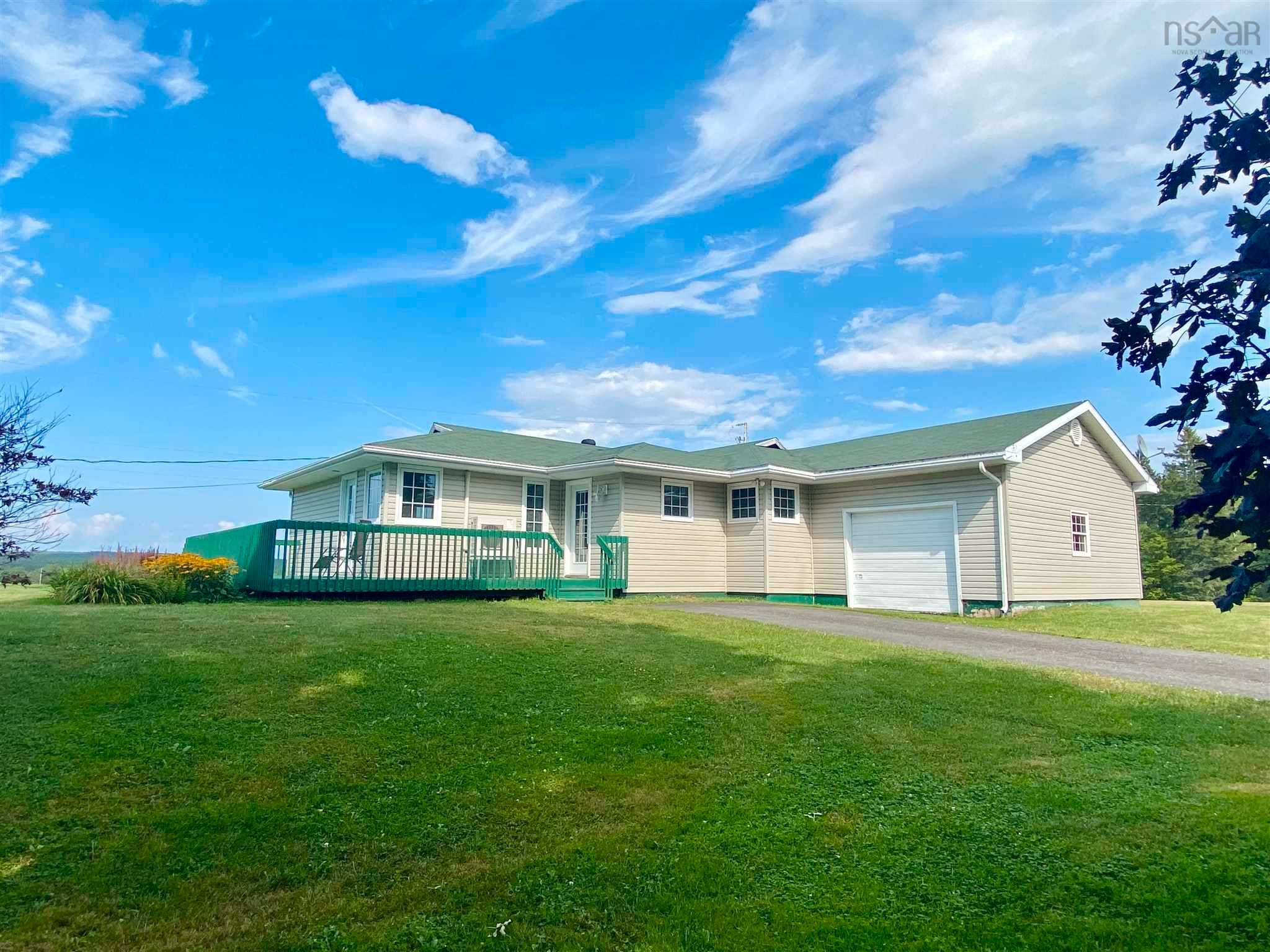 Main Photo: 812 Durham Road in Scotsburn: 108-Rural Pictou County Residential for sale (Northern Region)  : MLS®# 202122165