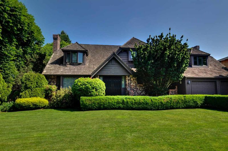 FEATURED LISTING: 6396 CHARING Court Burnaby