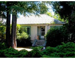 Photo 2: 4040 W 35TH Avenue in Vancouver: Dunbar House for sale (Vancouver West)  : MLS®# V665833