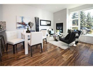 Photo 4: 2 4733 17 Avenue NW in Calgary: Montgomery Townhouse for sale : MLS®# C3651409