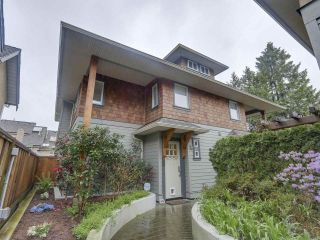 "Photo 1: 4 249 W 16TH Street in North Vancouver: Central Lonsdale 1/2 Duplex for sale in ""THE WEST"" : MLS®# R2262955"