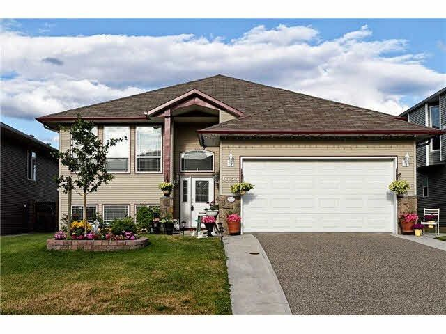 Main Photo: 6754 CHARTWELL Crescent in Prince George: Lafreniere House for sale (PG City South (Zone 74))  : MLS®# R2248006