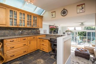 """Photo 7: 1246 OXFORD Street: White Rock House for sale in """"HILLSIDE"""" (South Surrey White Rock)  : MLS®# R2615976"""