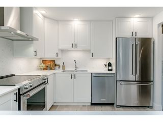 """Photo 9: 314 518 MOBERLY Road in Vancouver: False Creek Condo for sale in """"NEWPORT QUAY"""" (Vancouver West)  : MLS®# R2437240"""
