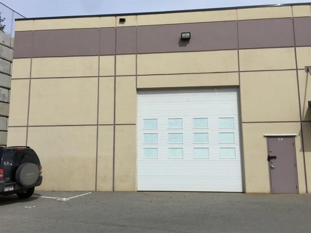 Main Photo: 101 460 Neave Court in Kelowna: North Glenmore Industrial for sale (Central Okanagan)  : MLS®# 10097701