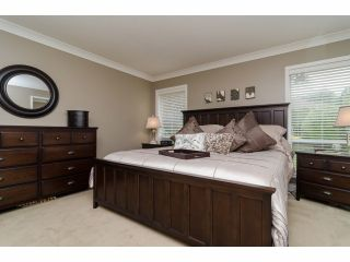 """Photo 14: 2977 NORTHCREST Drive in Surrey: Elgin Chantrell House for sale in """"Elgin Park Estates"""" (South Surrey White Rock)  : MLS®# F1418044"""