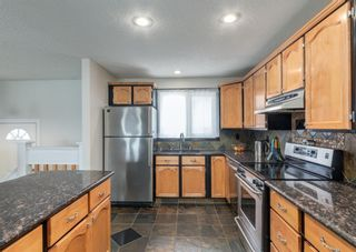 Photo 11: 72 Riverbirch Crescent SE in Calgary: Riverbend Detached for sale : MLS®# A1094288