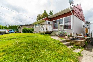 Photo 1: 45470 BERNARD Avenue in Chilliwack: Chilliwack W Young-Well House for sale : MLS®# R2593211
