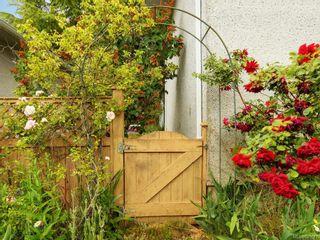 Photo 2: 505 Ridgebank Cres in Saanich: SW Northridge House for sale (Saanich West)  : MLS®# 841647