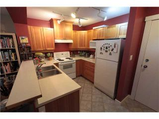 """Photo 4: 304 1428 PARKWAY Boulevard in Coquitlam: Westwood Plateau Condo for sale in """"MONTREAUX"""" : MLS®# V1072505"""