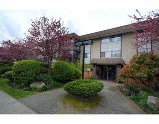 Photo 3: 307 127 E 4TH Street in North Vancouver: Lower Lonsdale Condo for sale : MLS®# V971136
