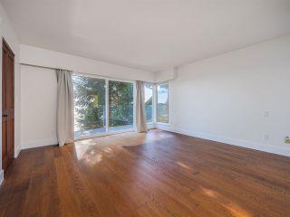 "Photo 24: 7101 DALE Road in Sechelt: Sechelt District House for sale in ""Caleda Estates"" (Sunshine Coast)  : MLS®# R2515160"