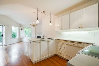 "Photo 14: 36 16888 80 Avenue in Surrey: Fleetwood Tynehead Townhouse for sale in ""STONECROFT"" : MLS®# R2494658"