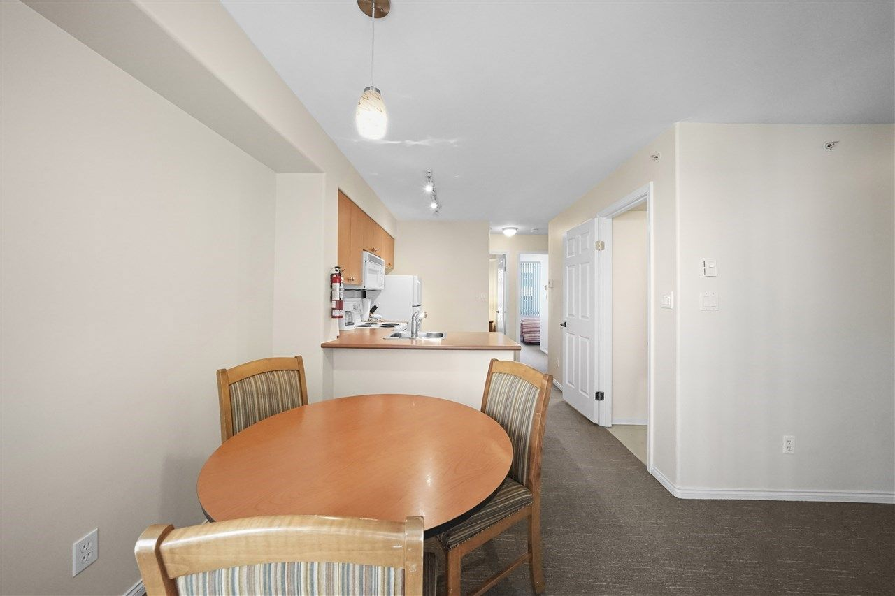 """Photo 10: Photos: 405 910 BEACH Avenue in Vancouver: Yaletown Condo for sale in """"MERIDIAN"""" (Vancouver West)  : MLS®# R2534010"""