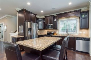 """Photo 7: 8067 210 Street in Langley: Willoughby Heights House for sale in """"YORKSON"""" : MLS®# R2326682"""