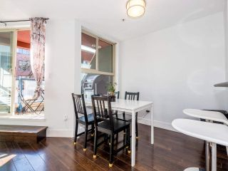 """Photo 10: 8 3477 COMMERCIAL Street in Vancouver: Victoria VE Townhouse for sale in """"La Villa"""" (Vancouver East)  : MLS®# R2552698"""