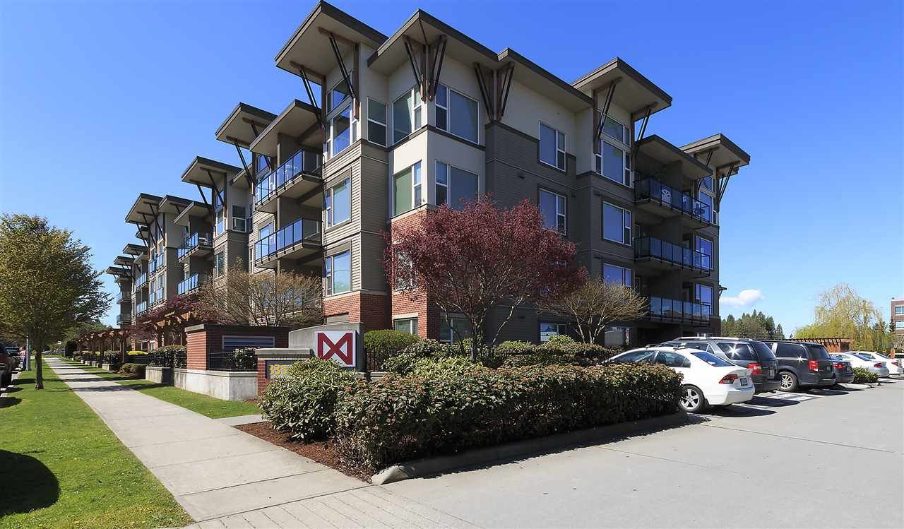 """Main Photo: 415 33539 HOLLAND Avenue in Abbotsford: Central Abbotsford Condo for sale in """"THE CROSSING"""" : MLS®# R2159342"""