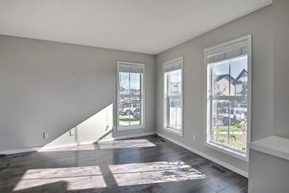 Photo 5: 149 Elgin Place SE in Calgary: McKenzie Towne Detached for sale : MLS®# A1106514
