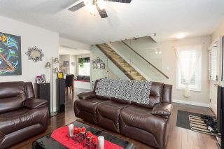 Photo 2: 27 675 ALBANY Way in Edmonton: Zone 27 Townhouse for sale : MLS®# E4237540