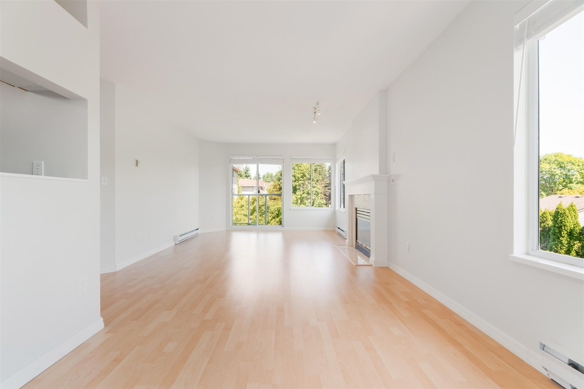 Photo 11: Photos: 303 1171 PIPELINE Road in Coquitlam: New Horizons Condo for sale : MLS®# R2607932