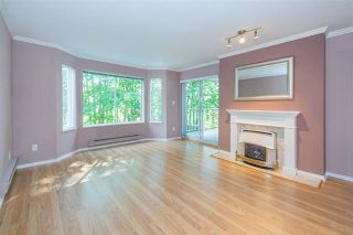 Photo 3: 106 20600 53A AVENUE in Langley: Langley City Condo for sale : MLS®# R2398486
