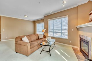 "Photo 10: 404 1685 152A Street in Surrey: King George Corridor Condo for sale in ""SUNCLIFF PLACE"" (South Surrey White Rock)  : MLS®# R2552186"