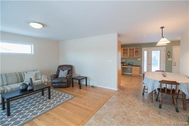 Photo 6: Photos: 16 ORIS Street in Elie: RM of Cartier Residential for sale (R10)  : MLS®# 1800701