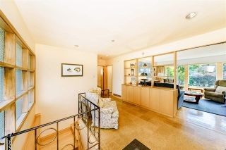 """Photo 4: 8755 CREST Drive in Burnaby: The Crest House for sale in """"Cariboo-Cumberland"""" (Burnaby East)  : MLS®# R2396687"""