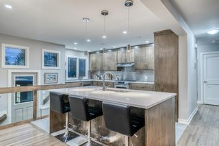 Photo 10: 18 Meadowlark Crescent SW in Calgary: Meadowlark Park Detached for sale : MLS®# A1113904