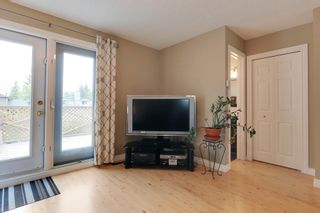 Photo 15: 4022 46 Street SW in Calgary: House for sale : MLS®# C4014489