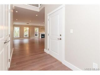 Photo 3: 3649 Coleman Pl in VICTORIA: Co Latoria House for sale (Colwood)  : MLS®# 685080