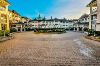 """Photo 1: 318 22022 49 Avenue in Langley: Murrayville Condo for sale in """"MURRAY GREEN"""" : MLS®# R2336851"""