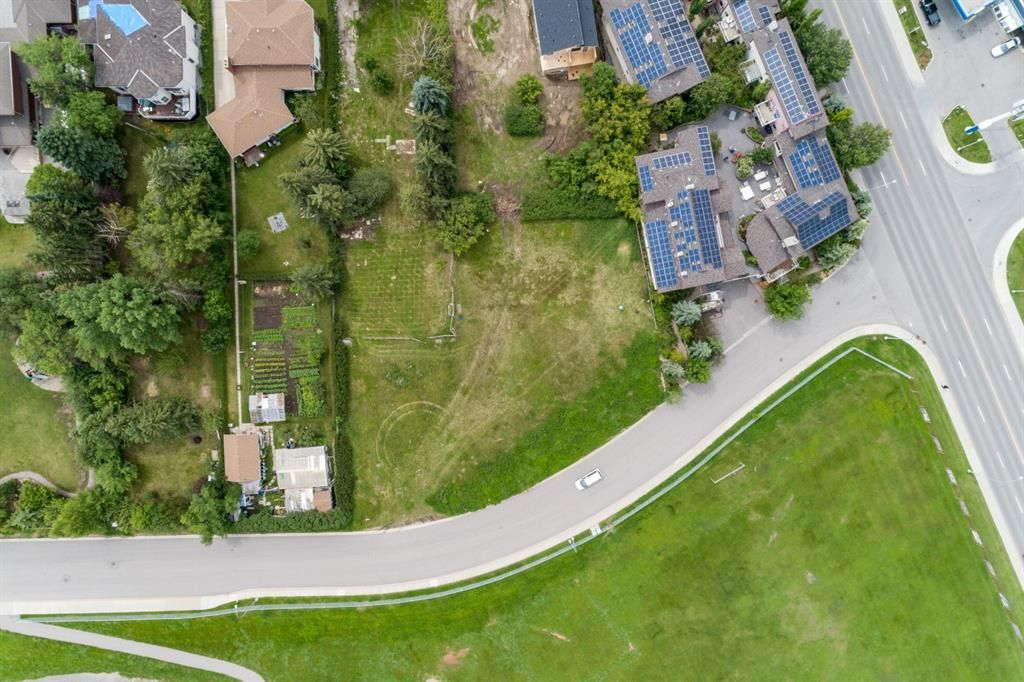 Photo 2: Photos: 415 31 Avenue NE in Calgary: Winston Heights/Mountview Land for sale : MLS®# A1010050