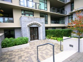 "Photo 14: 206 6093 IONA Drive in Vancouver: University VW Condo for sale in ""COAST"" (Vancouver West)  : MLS®# V976969"