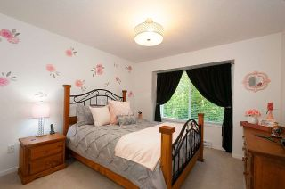 """Photo 11: 12 18681 68 Avenue in Surrey: Clayton Townhouse for sale in """"Creekside"""" (Cloverdale)  : MLS®# R2391665"""