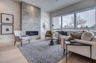Main Photo: 109 40 Avenue SW in Calgary: Parkhill Semi Detached for sale : MLS®# A1093732