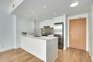 """Photo 12: 210 3557 SAWMILL Crescent in Vancouver: South Marine Condo for sale in """"WESGROUP - ONE TOWN CENTER"""" (Vancouver East)  : MLS®# R2612190"""