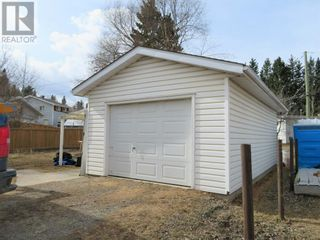 Photo 3: 113 Meadow Drive in Hinton: House for sale : MLS®# A1091558