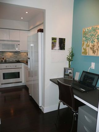 Photo 14: 204 1870 West 6th Avenue in Heritage at Cypress: Kitsilano Home for sale ()  : MLS®# V907576