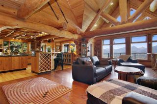 """Photo 6: 8400 GRAND VIEW Drive in Chilliwack: Chilliwack Mountain House for sale in """"Chilliwack Mountain"""" : MLS®# R2483464"""