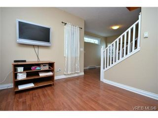 Photo 9: 108 951 Goldstream Ave in VICTORIA: La Langford Proper Row/Townhouse for sale (Langford)  : MLS®# 672174
