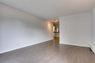"Photo 7: 109 5906 176A Street in Surrey: Cloverdale BC Condo for sale in ""Wyndham Estates"" (Cloverdale)  : MLS®# R2602701"