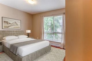 """Photo 19: 75 20350 68 Avenue in Langley: Willoughby Heights Townhouse for sale in """"Sunridge"""" : MLS®# R2494896"""