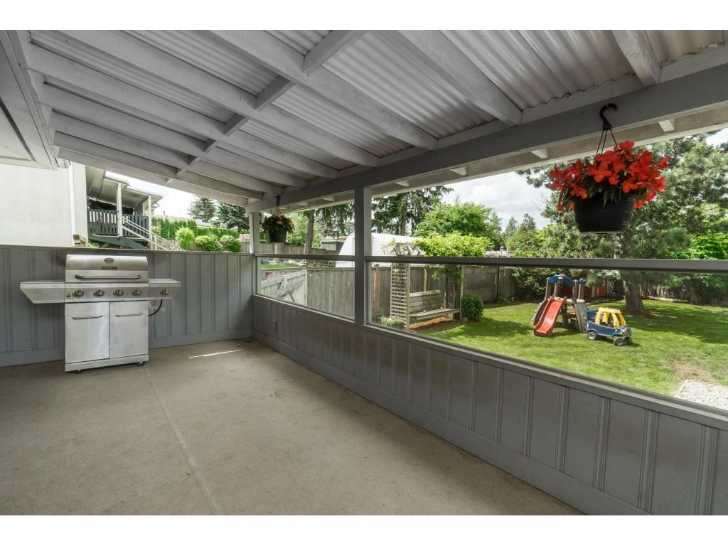 """Photo 32: Photos: 2669 VALEMONT Crescent in Abbotsford: Abbotsford West House for sale in """"West Clearbrook"""" : MLS®# R2460646"""