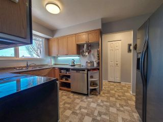 """Photo 10: 4550 AZURE Avenue in Prince George: Foothills House for sale in """"FOOTHILLS"""" (PG City West (Zone 71))  : MLS®# R2569485"""
