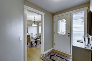 Photo 5: 607 Stratton Terrace SW in Calgary: Strathcona Park Row/Townhouse for sale : MLS®# A1065439