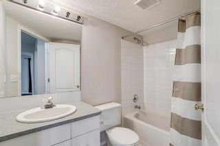 Photo 11: 318 10 Sierra Morena Mews SW in Calgary: Signal Hill Apartment for sale : MLS®# A1082577